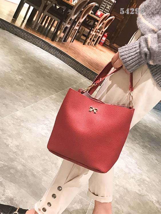5429 Simple 2 in 1 Slingbag (Maroon)