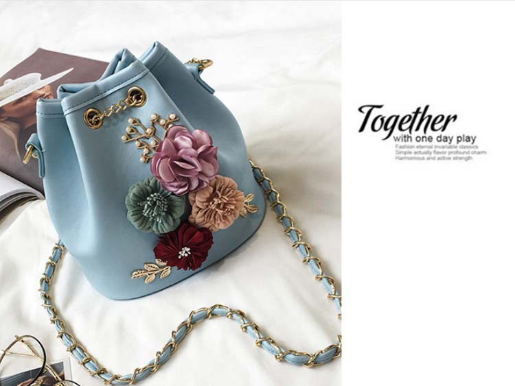 5494 Cute Floral Slingbag (Blue)