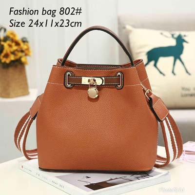 802 Elegant Slingbag (Brown)
