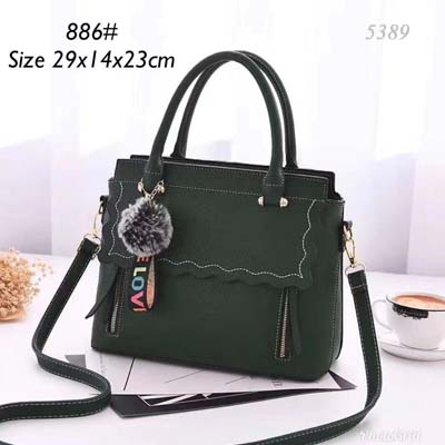 5389 Fashion Slingbag with Keychain (Green)