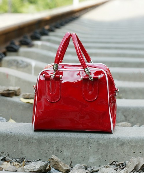 1287 Patent Leather Shoulder Bag (Red)